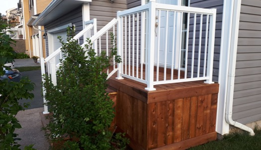 white aluminum railing HRM